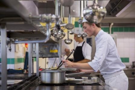 Apprentis d 39 auteuil grand ouest for Salaire apprenti cuisine