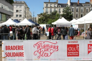 ApprentisAuteuil_Braderie solidaire_Mamansenfête_1